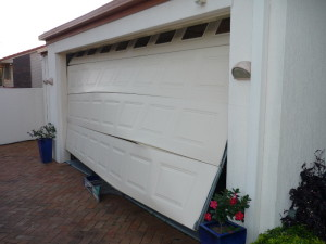 repair-damaged-garage-door-eastvale-ca