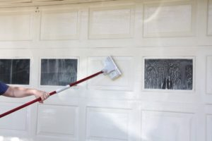 clean-garage-door